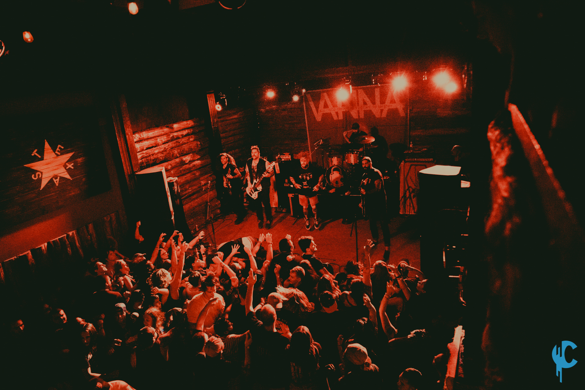 Photos / Review: Vanna says farewell to Austin, Texas ...